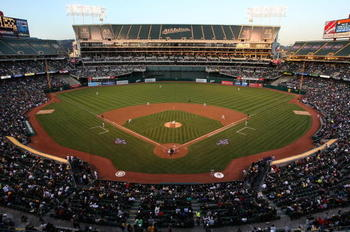 Oakland-coliseum-opening-day_display_image