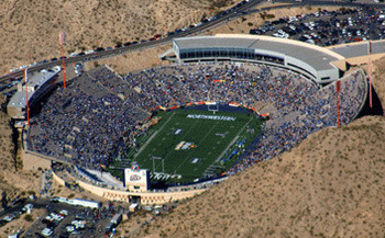 Sun_bowl_stadium_front_display_image