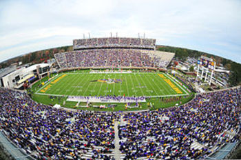 300px-uab_at_ecu_football_game_2009-11-21_display_image