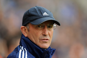 WIGAN, ENGLAND - MARCH 31:  Stoke City manager Tony Pulis looks on during the Barclays Premier League match between Wigan Athletic and Stoke City at DW Stadium on March 31, 2012 in Wigan, England.  (Photo by Chris Brunskill/Getty Images)