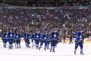 Maple-leafs-team_display_image