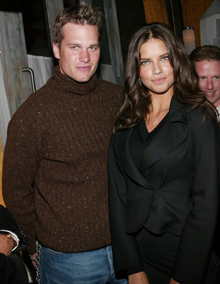Wait...that's not Gisele [Img via Zimbio]