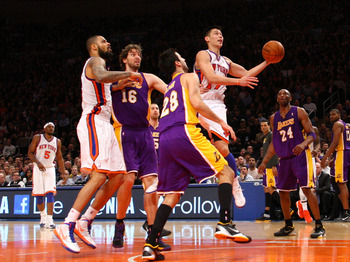 Lin knives through the Lakers' defense for two of his 38 points.