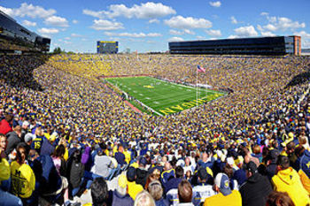 300px-michigan_stadium_2011_display_image