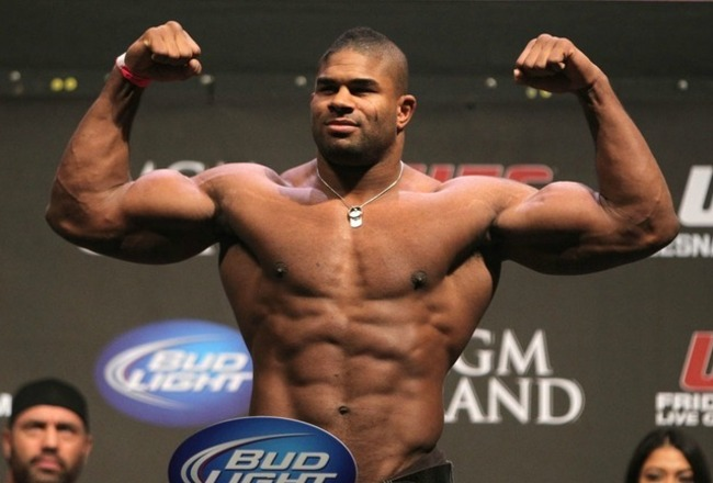 Alistair-overeem-double-bi-pose_crop_650x440