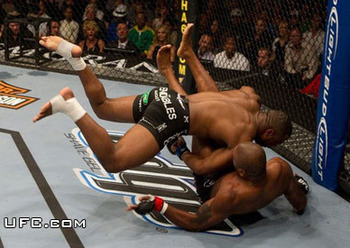 Ufc-114-rampage-vs-rashad-4_display_image