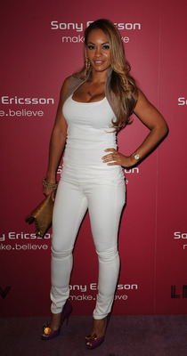 MIAMI BEACH, FL - MARCH 23:  Evelyn Lozada attends The Sony Ericsson Open Kick-Off Party at LIV nightclub at Fontainebleau Miami on March 23, 2010 in Miami Beach, Florida.  (Photo by Gustavo Caballero/Getty Images for Sony Ericsson)