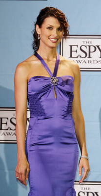 HOLLYWOOD - JULY 14:  Actress Bridget Moynahan poses backstage at the 12th Annual ESPY Awards held at the Kodak Theatre on July 14, 2004 in Hollywood, California.  This year's ESPY's will air Sunday, July 16th on ESPN beginning 9 PM EST/6 PM EST.  (Photo