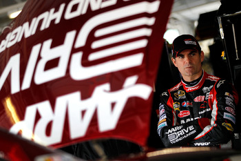 Engine problems bit Jeff Gordon as well at Kansas