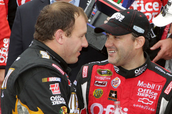 Tony Stewart(right) and Ryan Newman(left) both struggled once again at Kansas