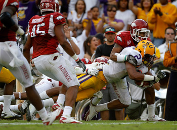 Rueben Randle lays out for a catch against the Razorbacks.