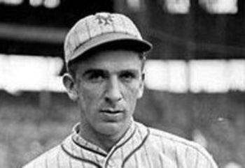 200px-carl-hubbell_crop_340x234_display_image