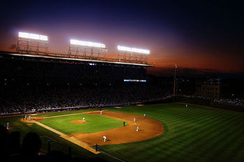 Wrigley_field_night_game_display_image