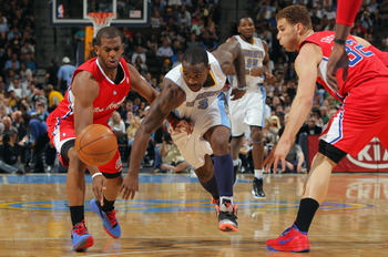 Chris Paul regularly plays some of the best defense against Lawson, utilizing his speed and quickness.
