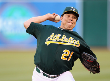 OAKLAND, CA - APRIL 23: Bartolo Colon #21 of the Oakland Athletics pitches against the Chicago White Sox at O.co Coliseum on April 23, 2012 in Oakland, California.  (Photo by Ezra Shaw/Getty Images)