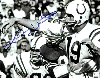 NFL Hall of Fame QB, John Unitas, Louisville