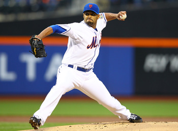 Johan Santana looked like he was returning to vintage form for the Mets on Tuesday.