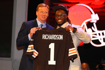 NEW YORK, NY - APRIL 26:  Trent Richardson (R) from Alabama holds up a jersey as he stands on stage with NFL Commissioner Roger Goodell after he was selected #3 overall by the Cleveland Browns in the first round of the 2012 NFL Draft at Radio City Music H