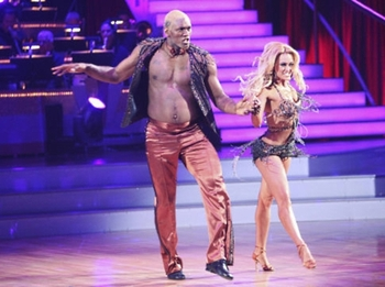 Metta_world_peace_dancing_with_the_stars_display_image