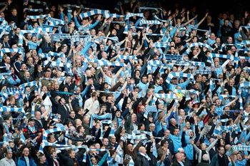 Manchester-city-manchester-united-man-city-fans-premiere-leaguecropped_display_image