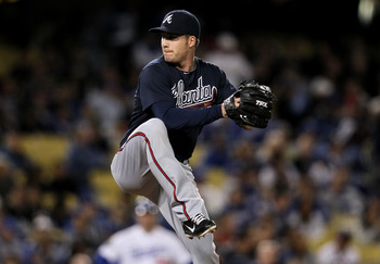 The Braves need Eric O'Flaherty to start pitching well again.