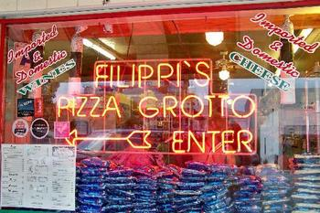 Filippi-s-pizza-grotto_display_image