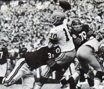 Morris_larry4_bears_vs_packers-thumb-287x248-302214_display_image