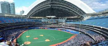 http://images.pictureshunt.com/pics/t/toronto_blue_jays_stadium-9716.jpg