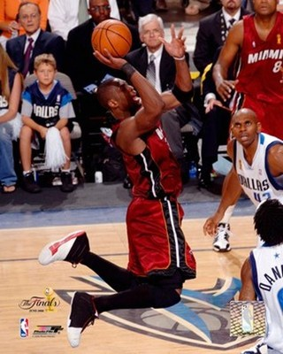 Dwyane-wade-2006-finals-game-6-action-51_display_image