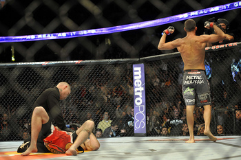 Diaz (R) celebrates his win over Miller (Josh Hedges/Zuffa, LLC)