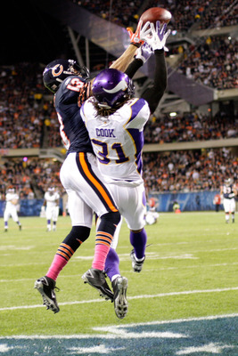 Minnesota Vikings cornerback Chris Cook will change to No. 20 in hopes of a new start in 2012.