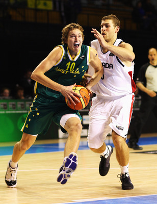 Broekhoff drives to the hole at the 2009 FIBA U19 World Championships.
