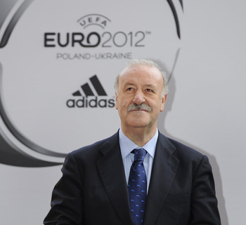 Del Bosque With UEFA Euro 2012 Advertisement In Background