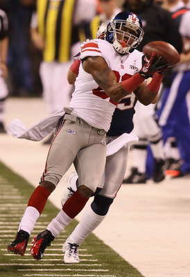 Mario Manningham makes a brilliant catch in the Super Bowl