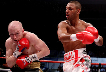 Kell Brook (right) beating up Matthew Hatton