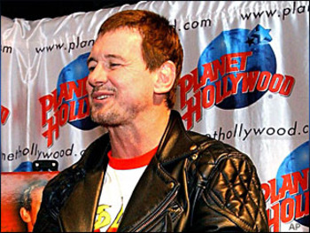 061128rowdy_roddy_piper_display_image