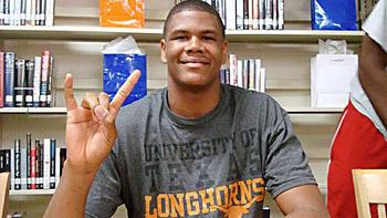http://a.espncdn.com/media/motion/2012/0411/dm_120411_Cameron_Ridley_commits_to_Texas.jpg