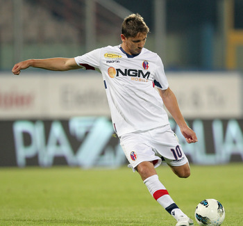 CATANIA, ITALY - MAY 02: Gaston Ramirez of Bologna during the Serie A match between Catania Calcio and Bologna FC at Stadio Angelo Massimino on May 2, 2012 in Catania, Italy.  (Photo by Maurizio Lagana/Getty Images)