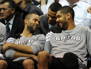 Tony Parker and Tim Duncan likely laughing at the Jazz's terrible three-point shooting.