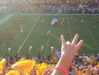 http://www.cyclonefanatic.com/forum/football/97492-i-state-hand-gesture-idea-2.html