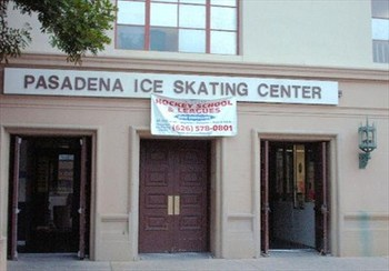 The rink where Wil Wheaton learned to play Goalie (http://tinyurl.com/7xbmeu2)