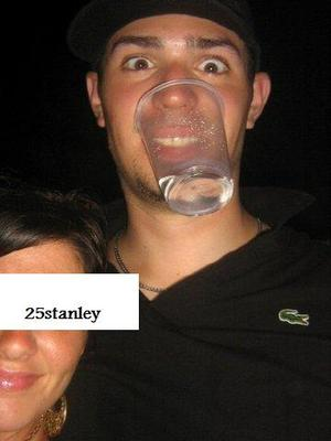 Photo found at http://drunkhockeyplayers.tumblr.com/post/16571320413/carey-price-montreal-canadiens