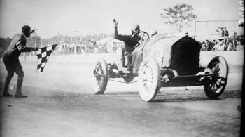 http://upload.wikimedia.org/wikipedia/commons/9/9a/1912_Indianapolis_500%2C_Joe_Dawson_winning.jpg