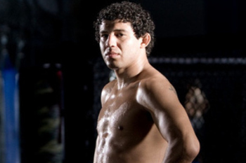 Gilbert Melendez - Esther Lin/MMAFighting