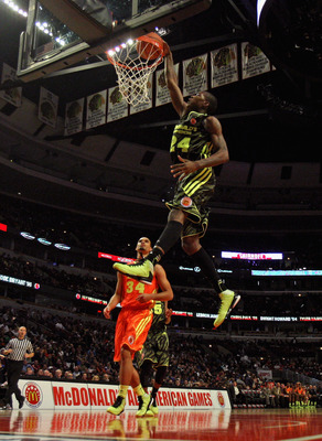 Archie Goodwin's athleticism on display at the McDonald's All-American game.