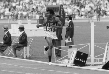 Lee Evans anchored the record-setting 4x400 relay in Mexico City.