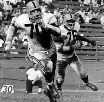 Hall of Fame Inductee in 1969; Staunter is the only Steeler to offically have his No. retired