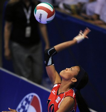 COLORADO SPRINGS, CO - JUNE 14: Kim Glass #10 of the USA serves the ball during the volleyball match between the USA Women's National Volleyball team and Brazil on June 14, 2008 at Clune Arena at the US Air Force Academy  in Colorado Springs, Colorado (Ph