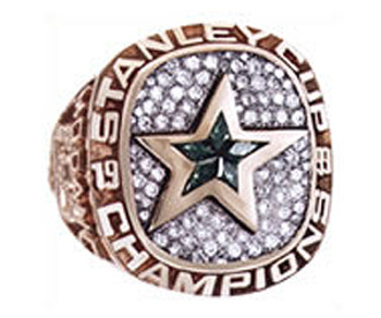 Dallas_stars_99_stanley_cup_ring_display_image