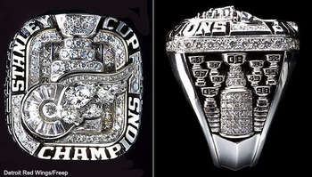 How-do-blackhawks-8217-stanley-cup-rings-compare-to-other-champs3-1298548088_display_image